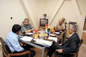 دکتر نمکدوست، دکتر شکرخواه و دکتر حسینی پاکدهی در میزگرد همشهری جوان